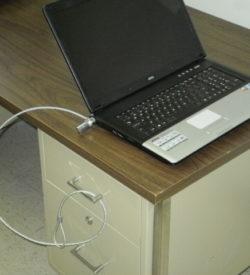 Campus Linens Canada - Laptop Lock